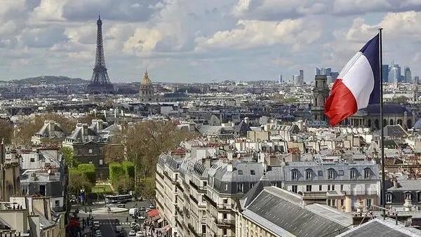 Fransa'da sokağa çıkma yasağı uygulaması başlıyor