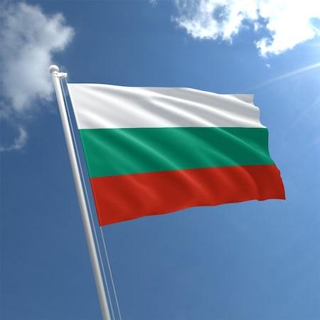 Bulgaristan Sağlık Bakanı daha sıkı Covid-19 önlemlerinin uygulanmasını önerdi