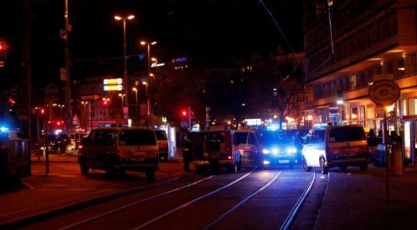 Viyana'da silahlı saldırı: 7 kişi hayatını kaybetti