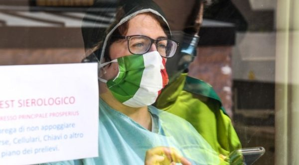 İtalya, salgının yayılmasını önlemek için ülkeyi üç bölgeye böldü: Her bölgede farklı tedbirler uygulayacak
